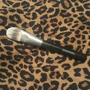 Chanel #6 Foundation Brush